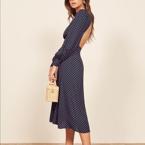 Reformation | NWT Abigale navy open back dress 0